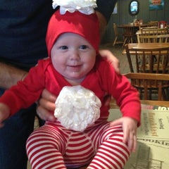 Photo taken at Cracker Barrel Old Country Store by Kelly B. on 12/15/2012