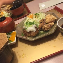 Photo taken at 大戸屋 はません店 by Cecil E. on 8/5/2015