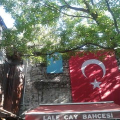 Photo taken at Lalezar Çay Bahçesi by Selda A. on 9/17/2013