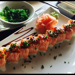 Photo taken at Geisha Sushi Bar by Ifca V. on 4/19/2014