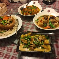 Photo taken at Organic Express - Meat Free Dining Experience - TCH by Zi C. on 6/5/2015
