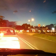 Photo taken at Sg. Tujuh Checkpoint (Brunei) by Allen S. on 8/14/2015
