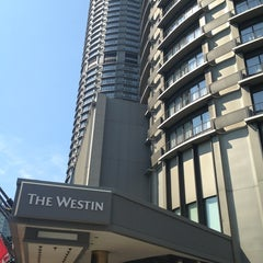 Photo taken at The Westin Seattle by Veronica C. on 7/30/2013