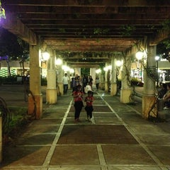 Photo taken at Paseo de Sta. Rosa by Lee Ver T. on 12/23/2012