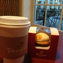Photo taken at Panera Bread by Marin L. on 10/13/2013
