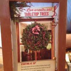 Photo taken at Cracker Barrel Old Country Store by Vicki G. on 11/29/2014