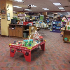 Photo taken at The Booksellers at Laurelwood by Ben M. on 4/10/2013
