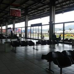 Photo taken at Terminal Rodoviário Internacional de Itajaí (TERRI) by Vanda Maia #. on 10/17/2013