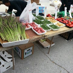 Photo taken at Downtown Des Moines Farmers Market by Jessica A. on 6/1/2013