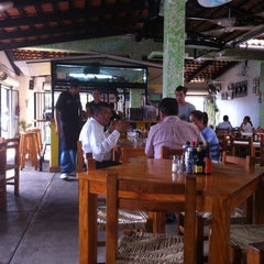 Photo taken at Las 8 tostadas by Humberto D. on 9/18/2012