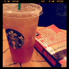 Photo taken at Starbucks Coffee by Dangell V. on 10/11/2012