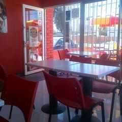 Photo taken at Telepizza by Eduardo R. on 9/22/2013