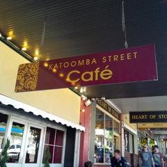 Photo taken at Katoomba St Cafe by Mandy L. on 11/3/2013