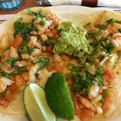 Photo taken at Tacos Jalisco by Adriana T. on 1/29/2015