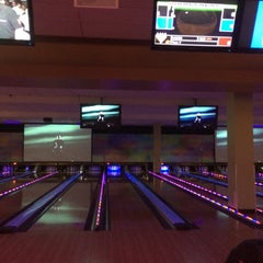 Photo taken at Celebrity Lanes Bowling by Lauren E. on 9/26/2014