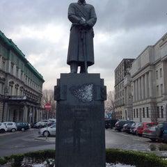 Photo taken at Pomnik Marszałka Piłsudskiego / Piłsudski Monument by Vladilen Z. on 12/7/2013