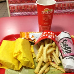 Photo taken at Del Taco by Albert M. on 1/10/2013