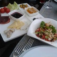 Ala Restaurant ve Spor Tesisi tarihinde Emine Ü.ziyaretçi tarafından 7/5/2014'de çekilen fotoğraf