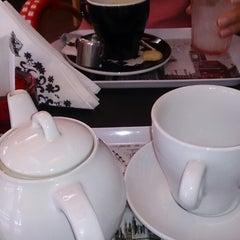 Photo taken at Tea & Eat by Obreten O. on 2/25/2014
