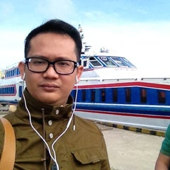 Photo taken at Pelabuhan Tanjung Buton Riau by Denny I. on 11/13/2012
