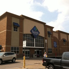 Photo taken at Sam's Club by Jeff r. on 8/4/2014