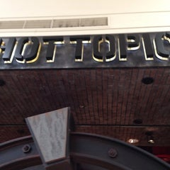 Photo taken at Hot Topic @ Seminole Town Center by GusGusFunBus on 9/30/2013