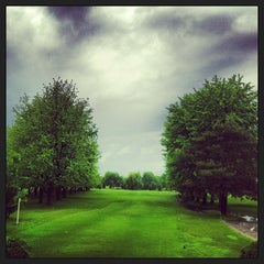 Photo taken at Club de golf de Chambly by Fred B. on 6/2/2013