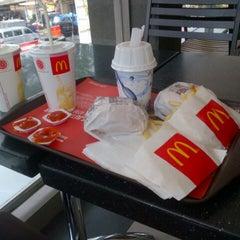 Photo taken at McDonald's by Yovie W. on 9/22/2012