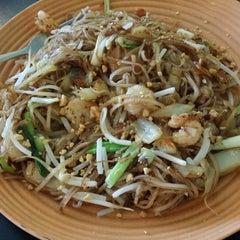 Photo taken at Viet Thai Market Street Cafe by Peachy B. on 1/5/2015