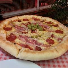 Photo taken at Pizzeria Gloria by Marko M. on 12/30/2013