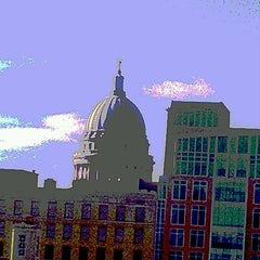 Photo taken at Hilton Madison Monona Terrace by Sunee L. on 9/28/2012