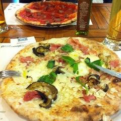 Photo taken at Pizzeria Prima O Poi by Elena G. on 11/8/2014