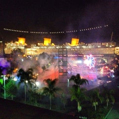 Photo taken at Queen Mary's Dark Harbor by @Jose_MannyLA on 10/20/2013