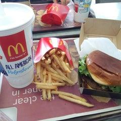 Photo taken at McDonald's by Takenori N. on 3/4/2014