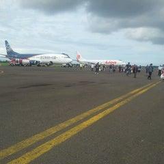 Photo taken at Bandara Fatmawati Soekarno (BKS) by Reynold R. on 12/10/2012