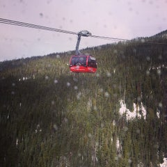 Photo taken at PEAK 2 PEAK Gondola by Russ on 2/16/2013