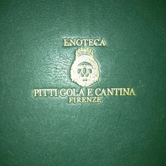Photo taken at Pitti Gola E Cantina by Angel G. on 10/10/2013