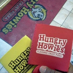 Photo taken at Hungry Howie's Pizza by Marcus H. on 4/25/2013