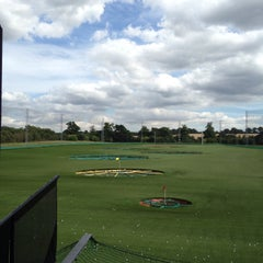 Photo taken at Topgolf Chigwell by Matthew W. on 8/6/2015