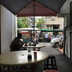 Photo taken at Mamak Stall Maybank Union Street by Mohd Radzi Y. on 12/31/2015