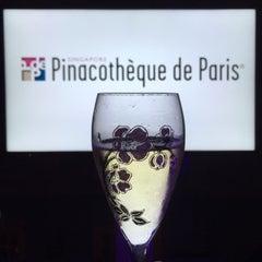 Photo taken at Singapore Pinacotheque De Paris by Warren K. on 5/29/2015
