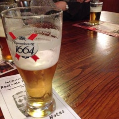Photo taken at Woodseats Palace (Wetherspoon) by Robbo on 4/1/2014