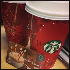 Photo taken at Starbucks 星巴克 by LI J. on 12/19/2013