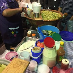Photo taken at Esquites Don Josué by Diana R. on 3/5/2016