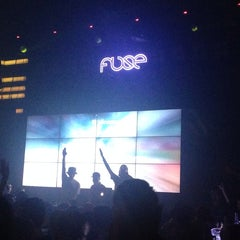 Photo taken at Fuse by Moonie N. on 9/28/2014
