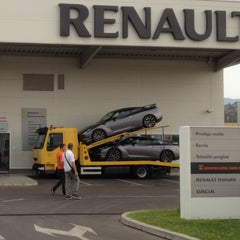 Photo taken at Renault Alliance by Nikola V. on 9/13/2013