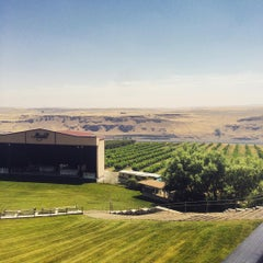 Photo taken at Maryhill Winery & Amphitheater by Ben L. on 7/5/2015