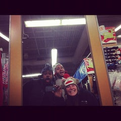 Photo taken at Old Navy by Cattdaddy on 11/24/2012