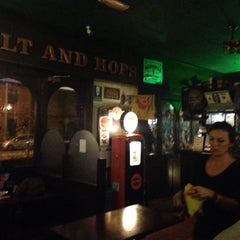 Photo taken at Malt And Hops by Stefano T. on 11/15/2015