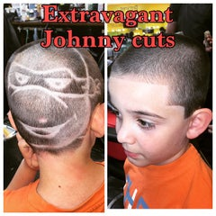 Photo taken at Extravagant Cuts Barber Shop by Barber BiGG V. on 6/4/2015